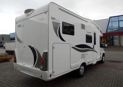 Sun Driver T585 en T560 cross-over 2017 model - 2 tot 5 persons