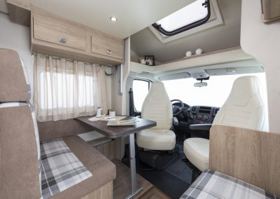 Campers Brabant foto | Sun Driver T570/T590 dinette