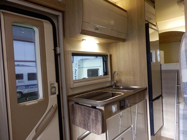 Kastjes Open Keuken : Kastjes open keuken luxe badkamer open keuken met bar kastjes open