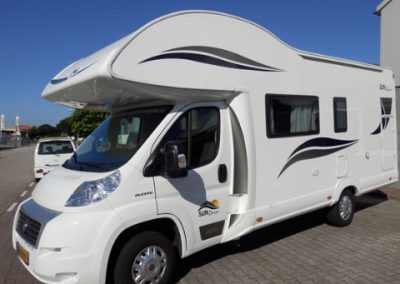 Right front of Sun Driver A690 Motorhome for 7 persons with bunkbed and alkoof-bed